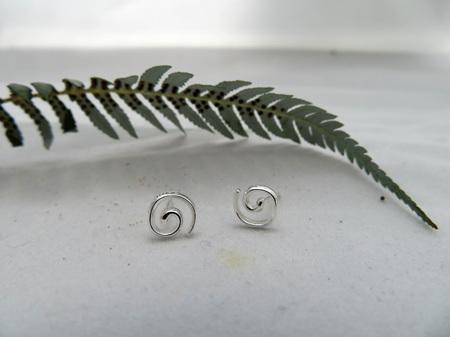 Wildside Earrings - Silver koru X32